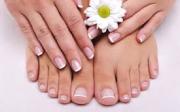 Jak změkčit tvrdé nehty nanohou